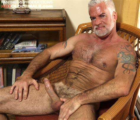 Gay daddy porn sex videos pics gaydemon jpg 620x533